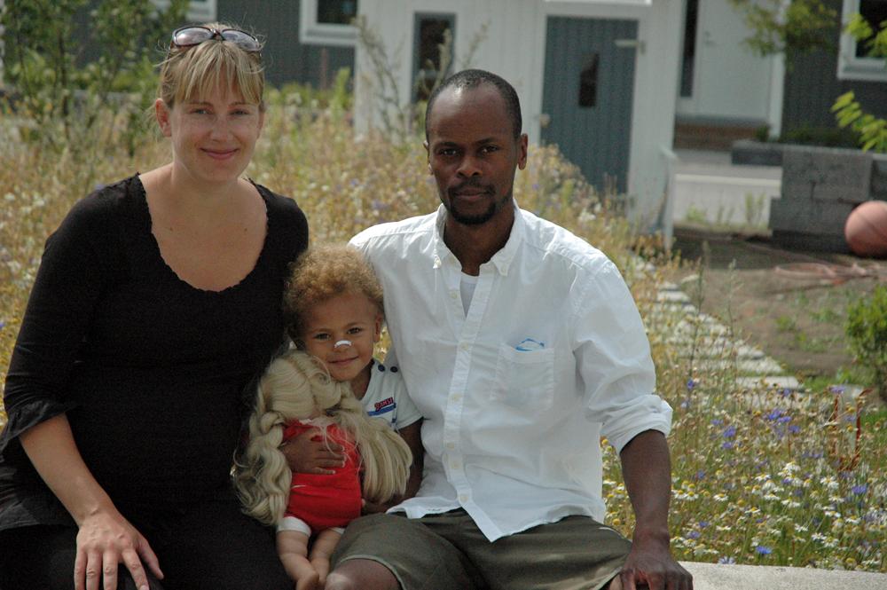 Familjen i trädgården